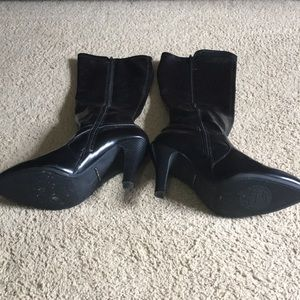 Women's black heel boots